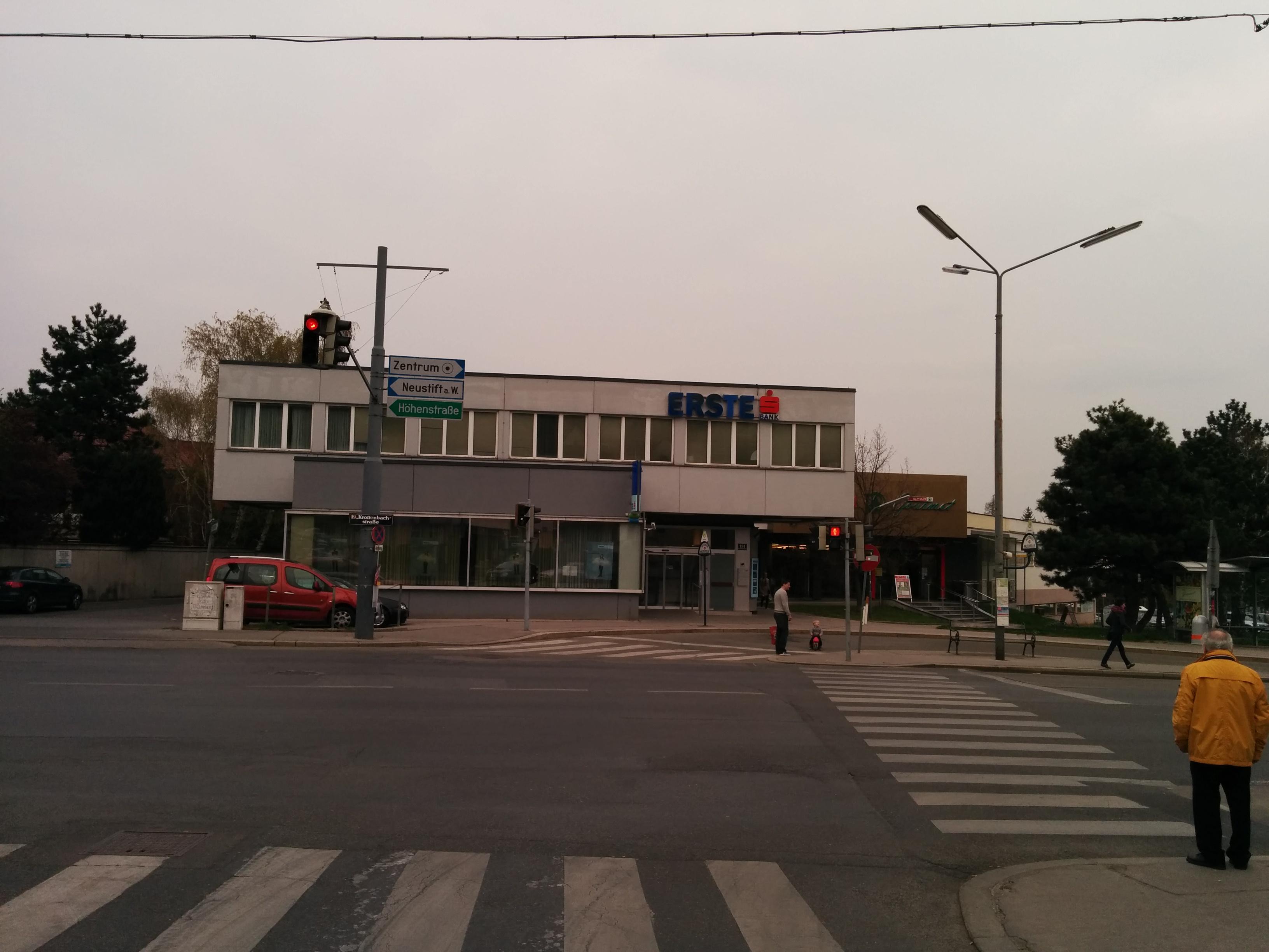 Erste Bank der oesterreichischen Sparkassen AG Zws. Krottenbachstraße
