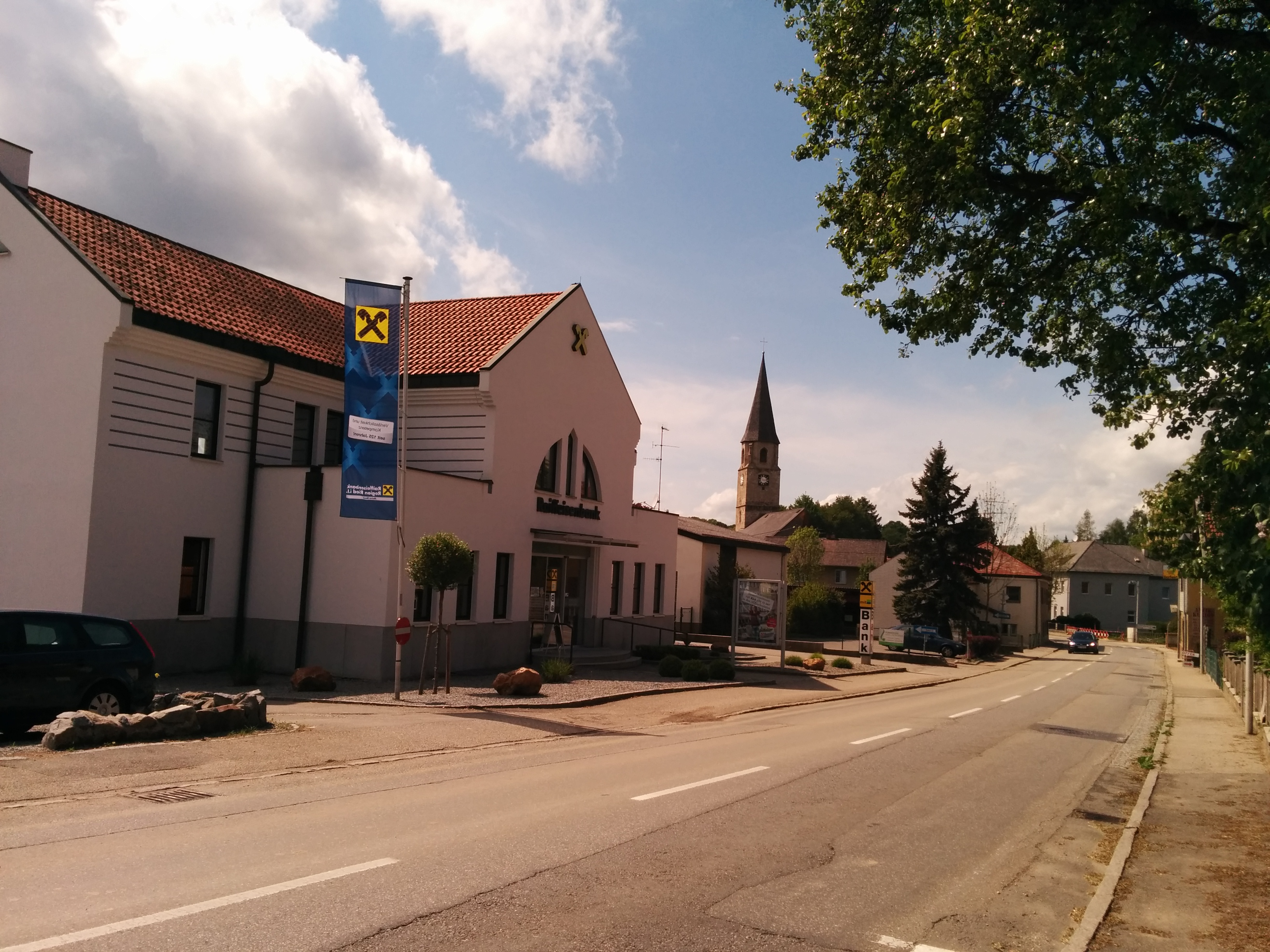 Raiffeisenbank Region Ried i. I. reg. Gen. m. b. H. Zws. Mehrnbach