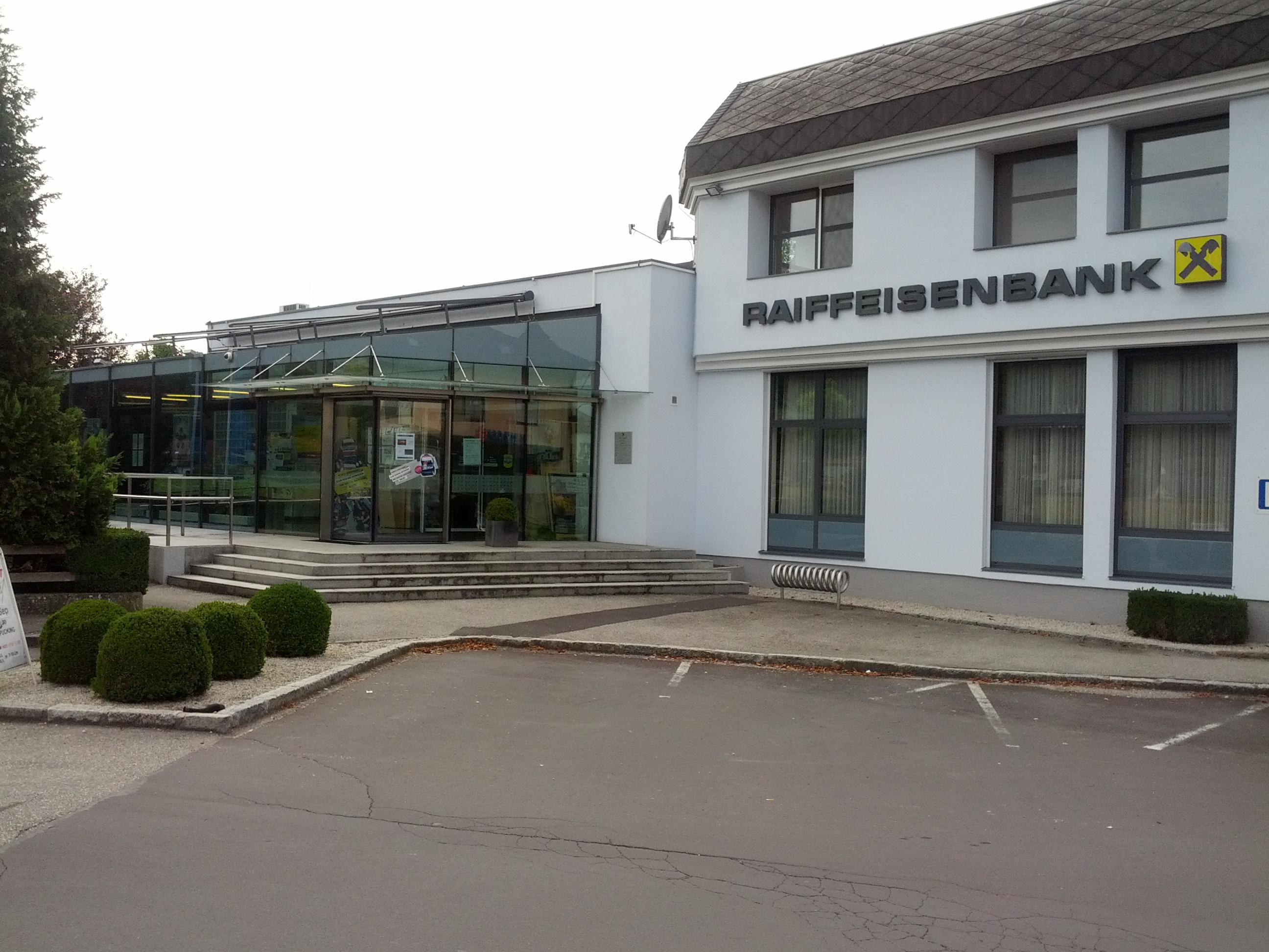 Raiffeisenbank Weißkirchen a. d. Traun reg. Gen. m. b. H. Zws. Pucking