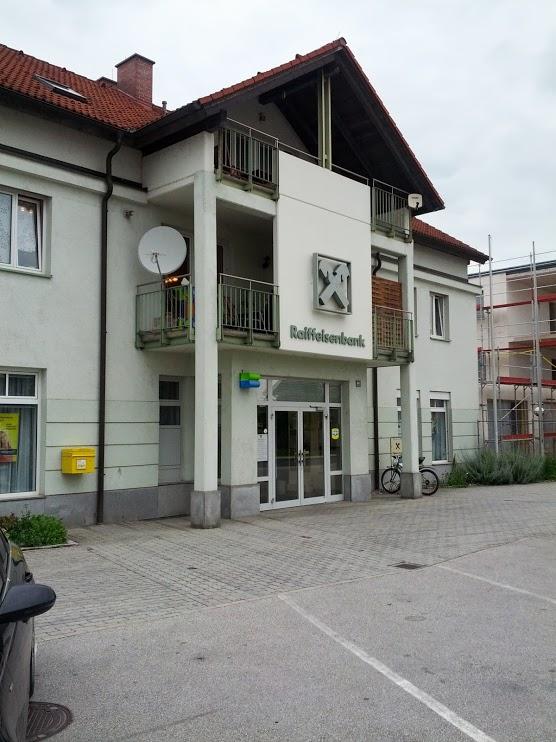 Raiffeisenbank Steyr eGen (mbH) Zws. Dietach