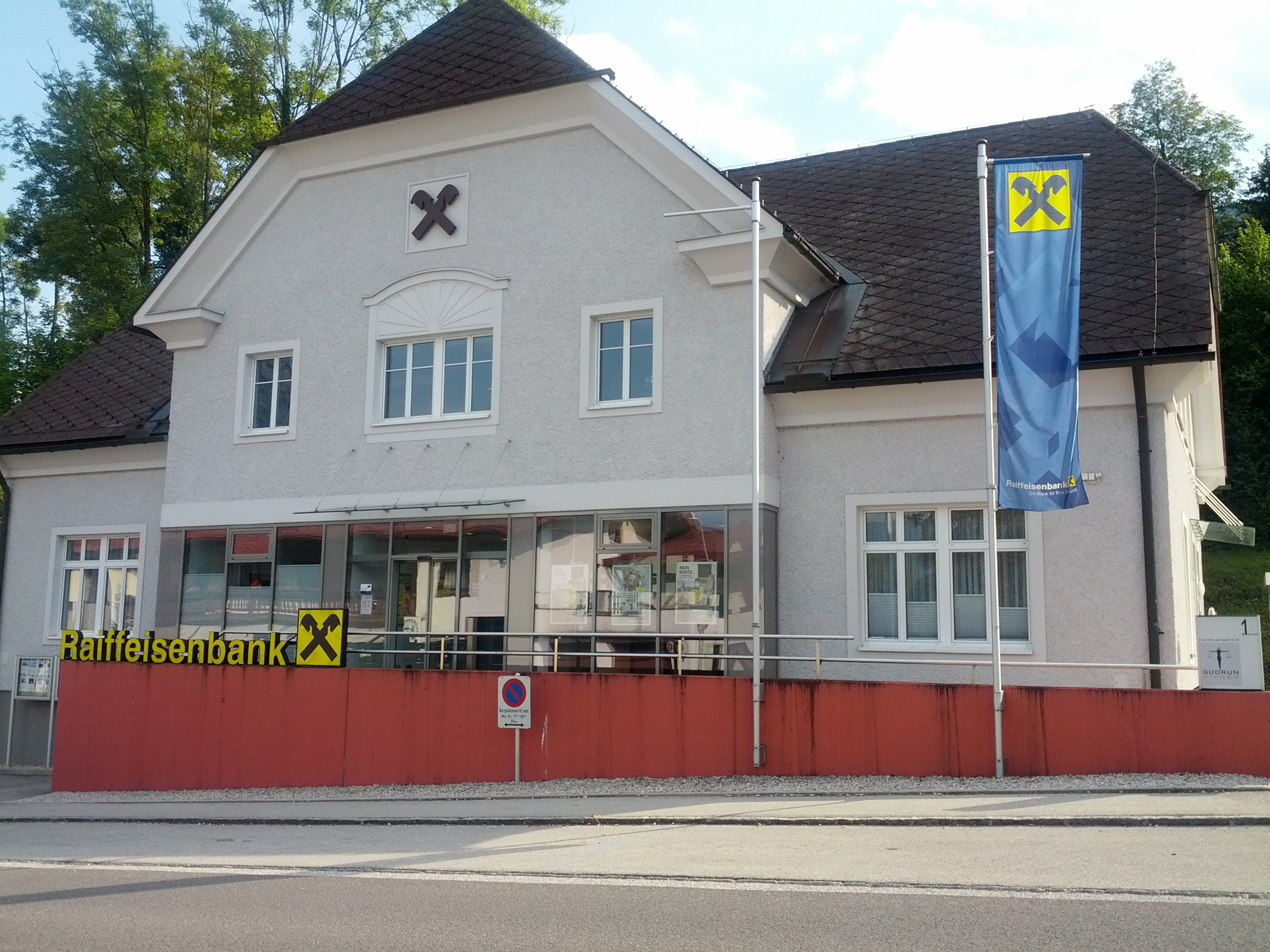 Raiffeisenbank Salzkammergut reg. Gen. m. b. H. Zws. Traunkirchen - Winkl