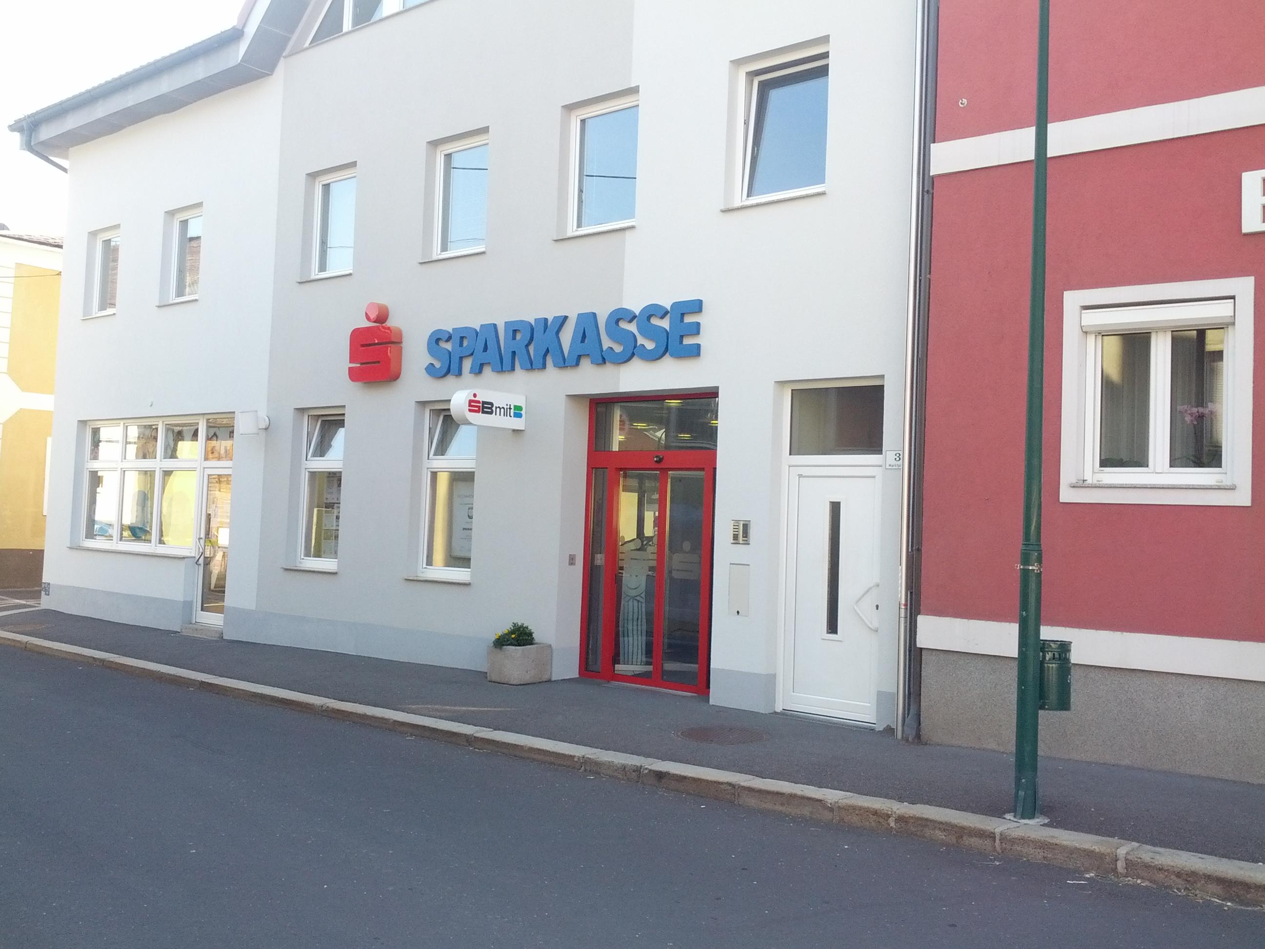 Sparkasse Pregarten - Unterweißenbach AG Zws. Gutau