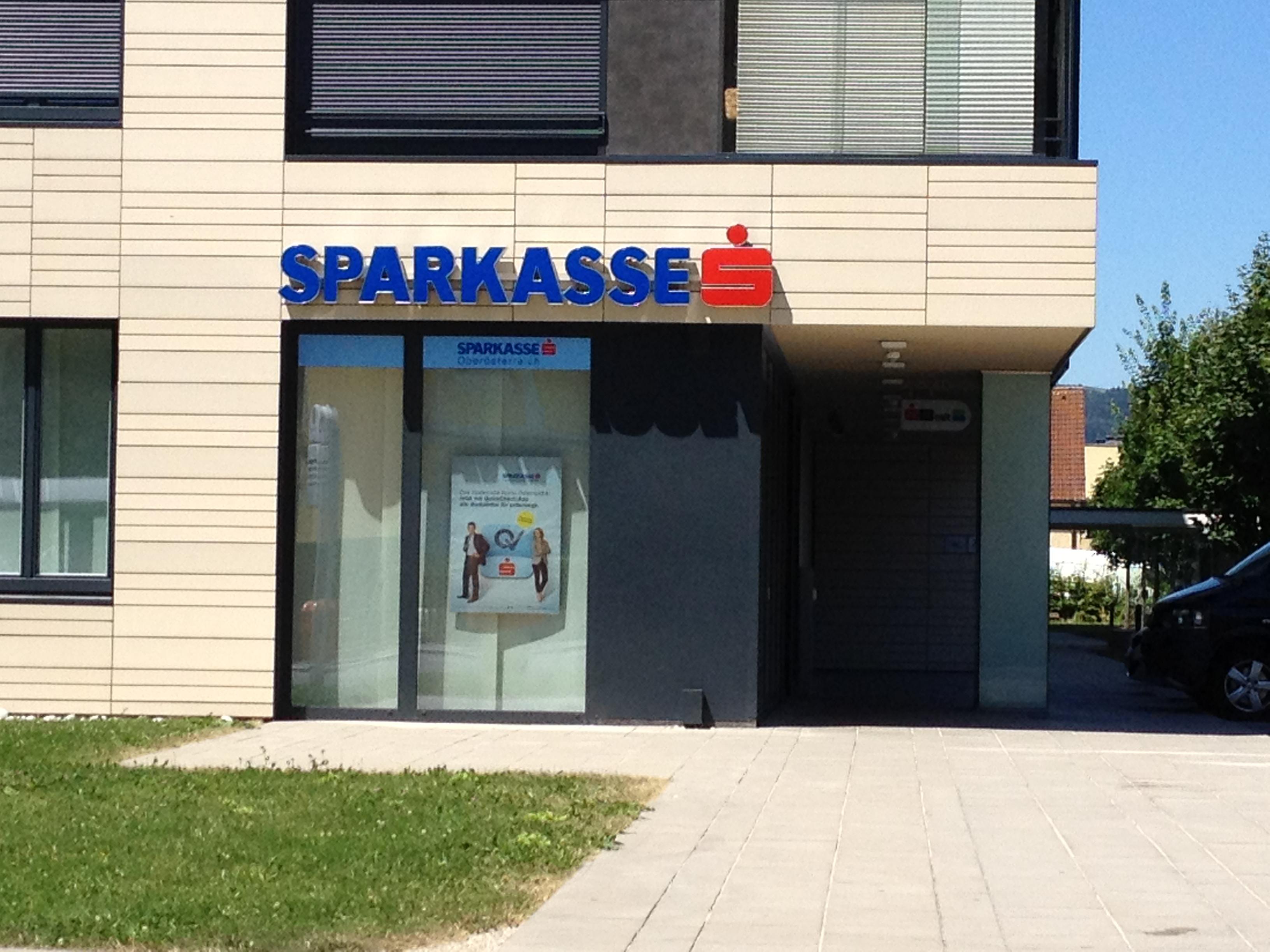 Allgemeine Sparkasse Oberösterreich BankAG Gest. Holzstraße