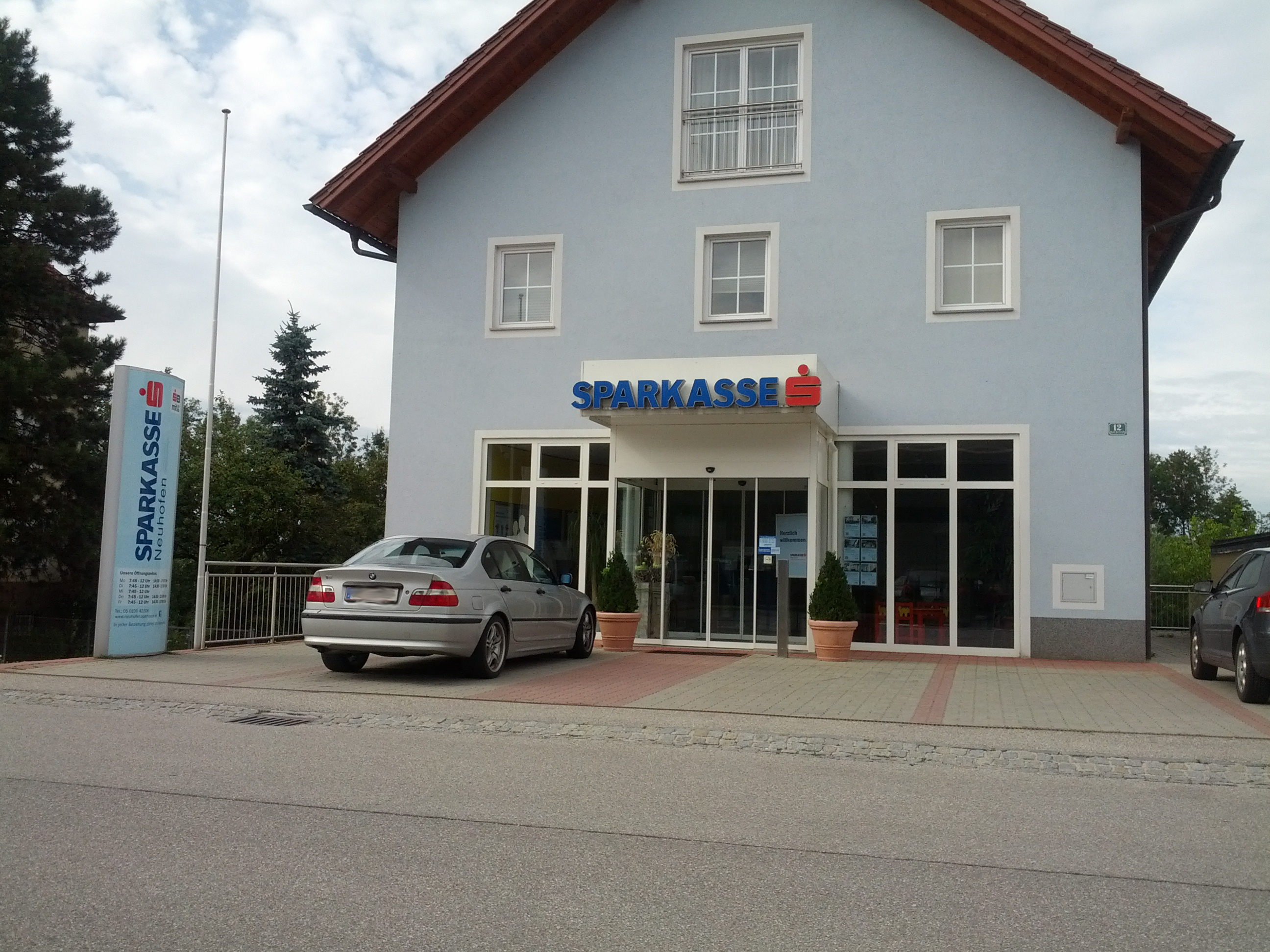 Sparkasse Neuhofen Bank AG Zws. Weißkirchen an der Traun